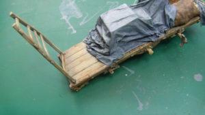 Reproduction teinte bois sur charrette au 1/35.
