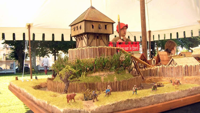 Exposition de maquettes médiévales au 1/72 par le club ART6 aux médiévales de Bayeux des 5 au 8 juillet 2018 (partie 2/2).